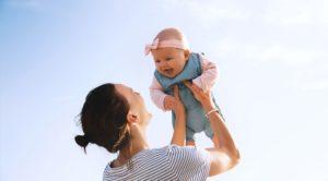 Come passare dall'allattamento alle prime pappe