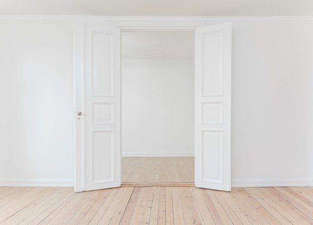 abbinamento porta e pavimento
