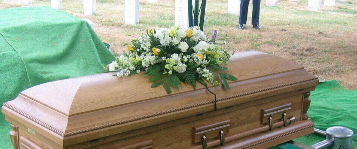feretro onoranze funebri